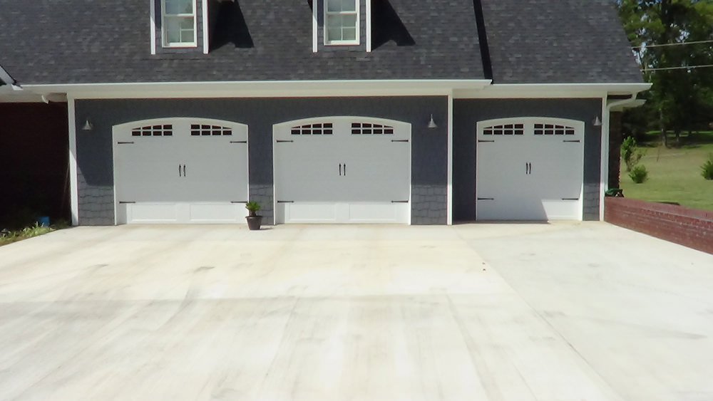 Ancro Door Company specializes in residential and commercial garage doors in the Oxford Alabama area. We have over 30 years experience helping customers ... & Oxford Garage Doors | Ancro Door Company